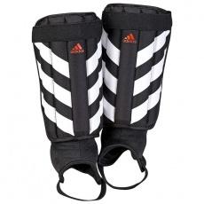 Adidas Evertomic CW5565 football shin guards