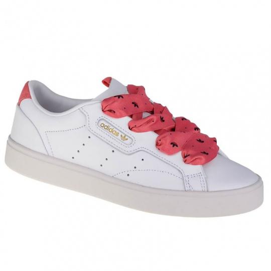 Sleek W shoes